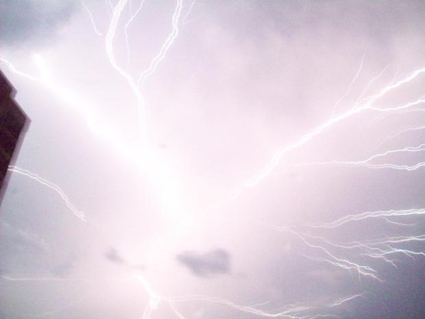 Aug 9 09 Good Lightning 2